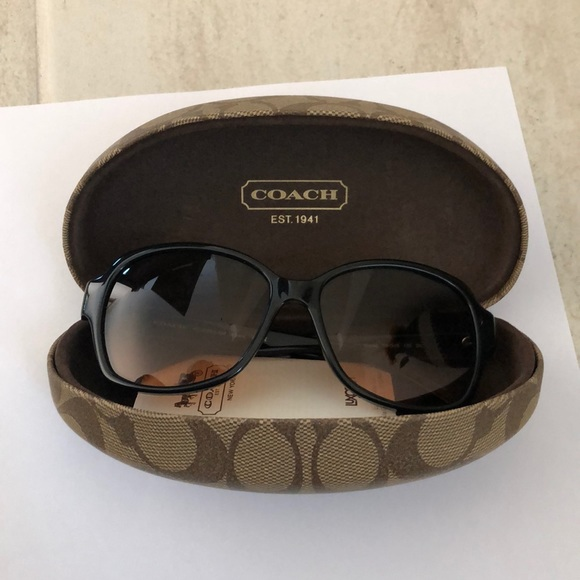 Coach Accessories - Coach sunglasses 🕶